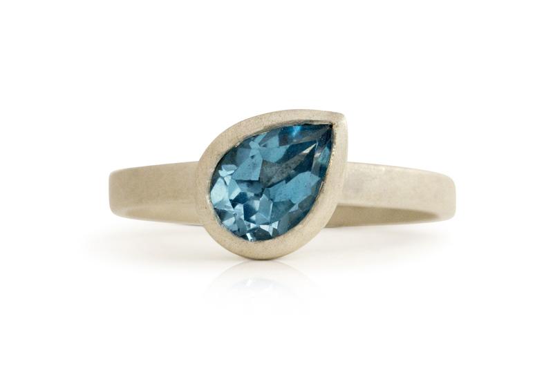 Swiss blue topaz pear ring DSC01542.jpg