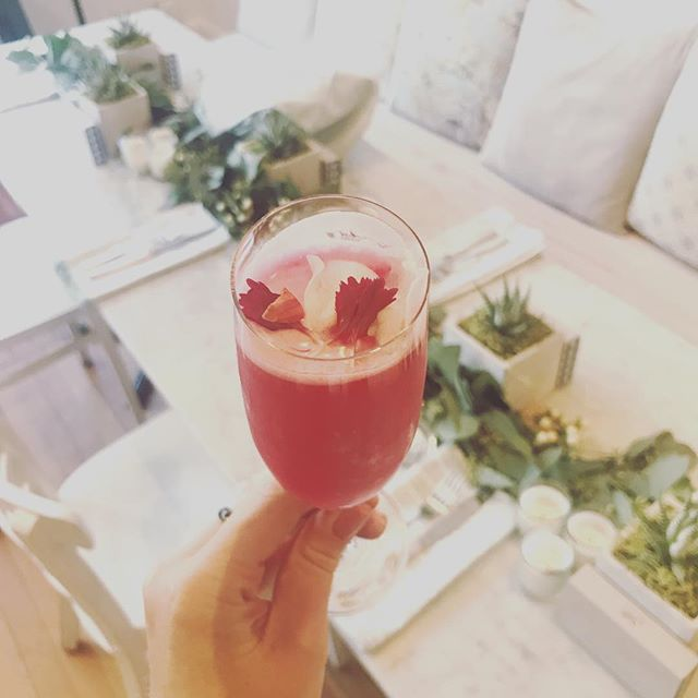Is it Spring yet?! Brightening up this special #dinnerparty with fresh cactus pear spritzers! Thanks @nourishvan for having us in your stunning space! #yvrevents #foodentertainment