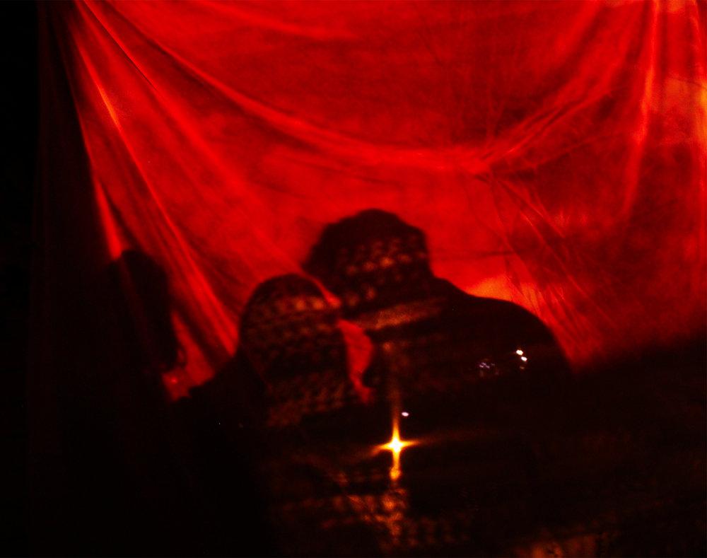 Red silhouette us-1.jpg