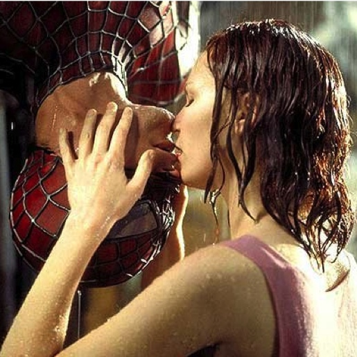 spiderman-kiss.jpg