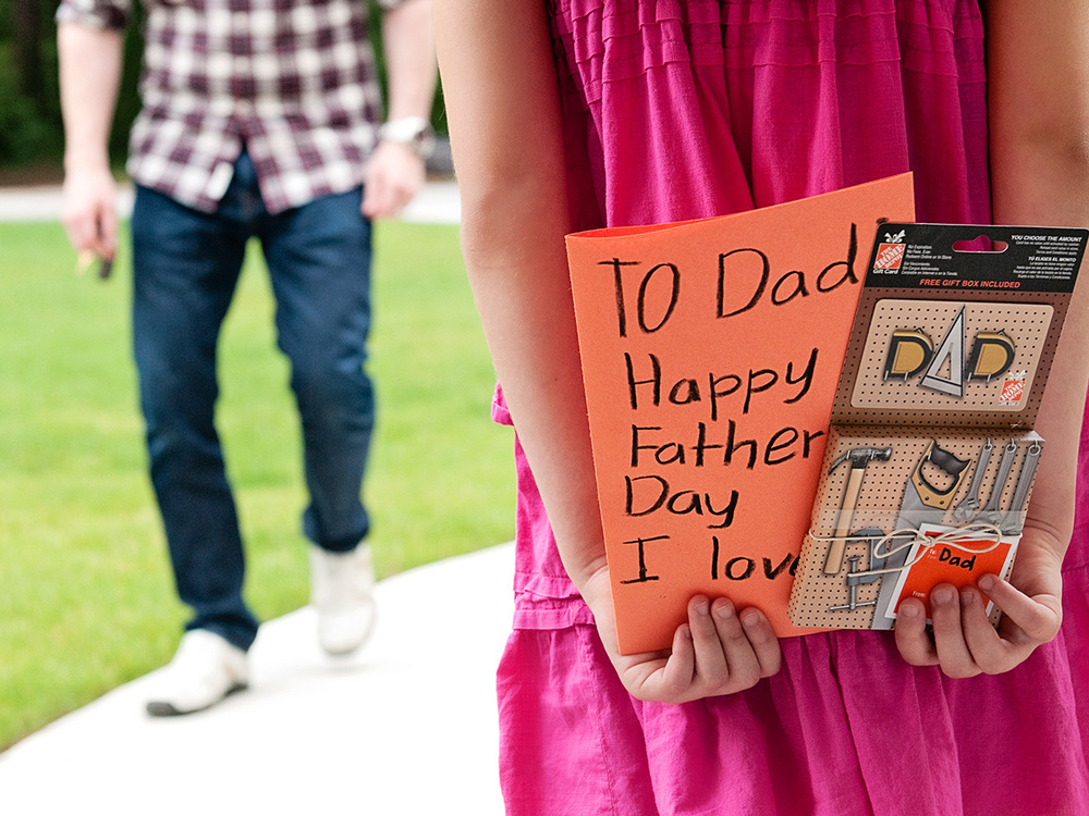 HD_FathersDay_FB_GiftCard_1.jpg