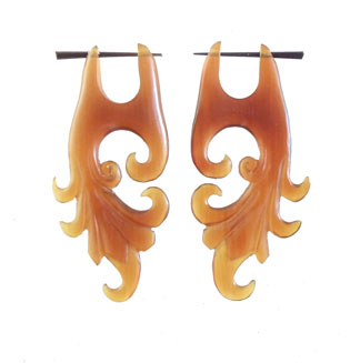 Buffalo horn earrings from  Indonesia  made by  Garuda