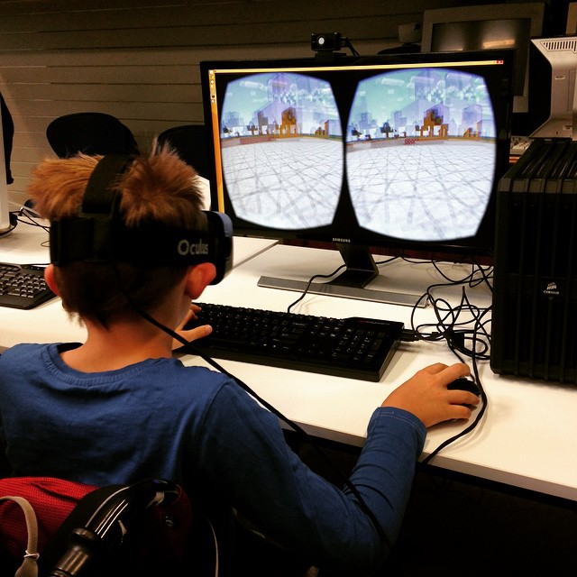 10_1500 Minecraft VR.jpg