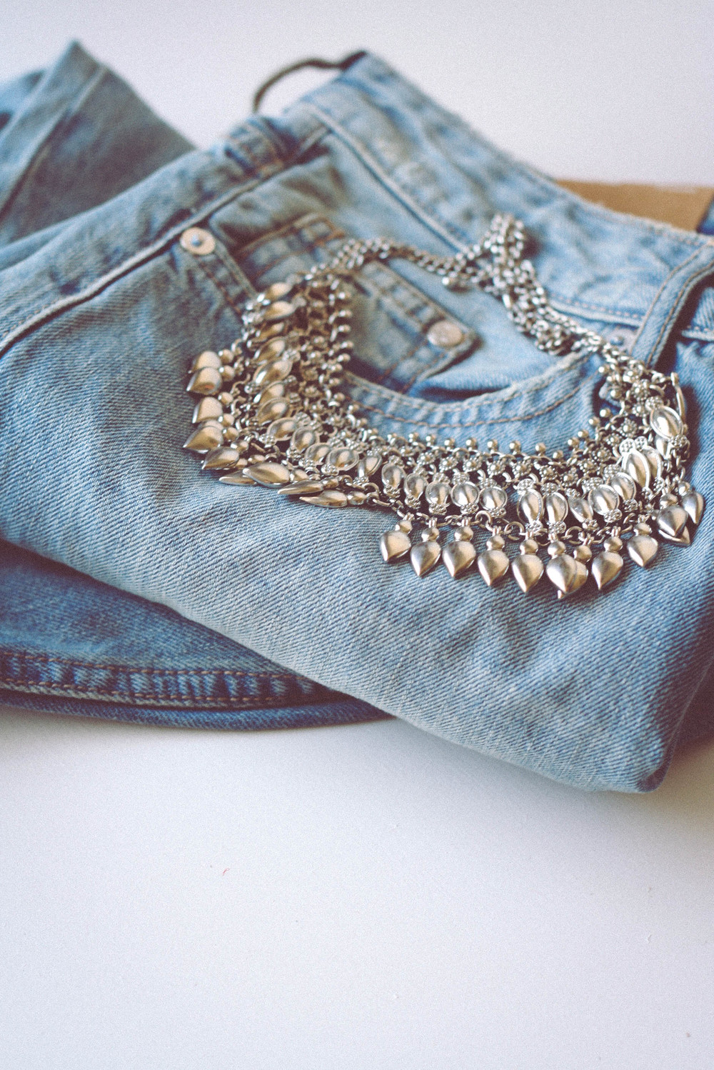Also, I finally found a pair of boyfriend jeans that are awesome for H&M. And this amazing necklace from Forever 21!