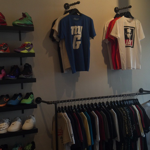 #atslopes x #kicknetics #NYC #westchester #clothing #fashion #bey #jay #giants #nofilter #store #brand #tshirts  http://atslopes.bigcartel.com  #style #showroom #boutique @kicknetics #racks #white #black #newyork #914 #like #sneakers #Jordans #complex #amazing #music #blessed #April #hiphop #rap #streetwear #jayz