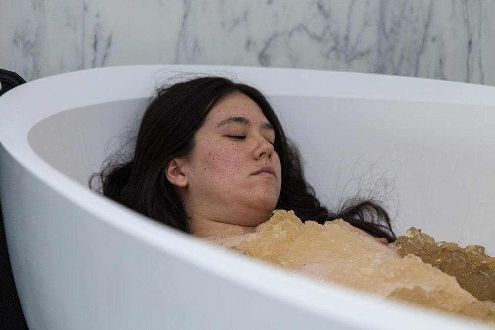 Alison tub 2.jpg