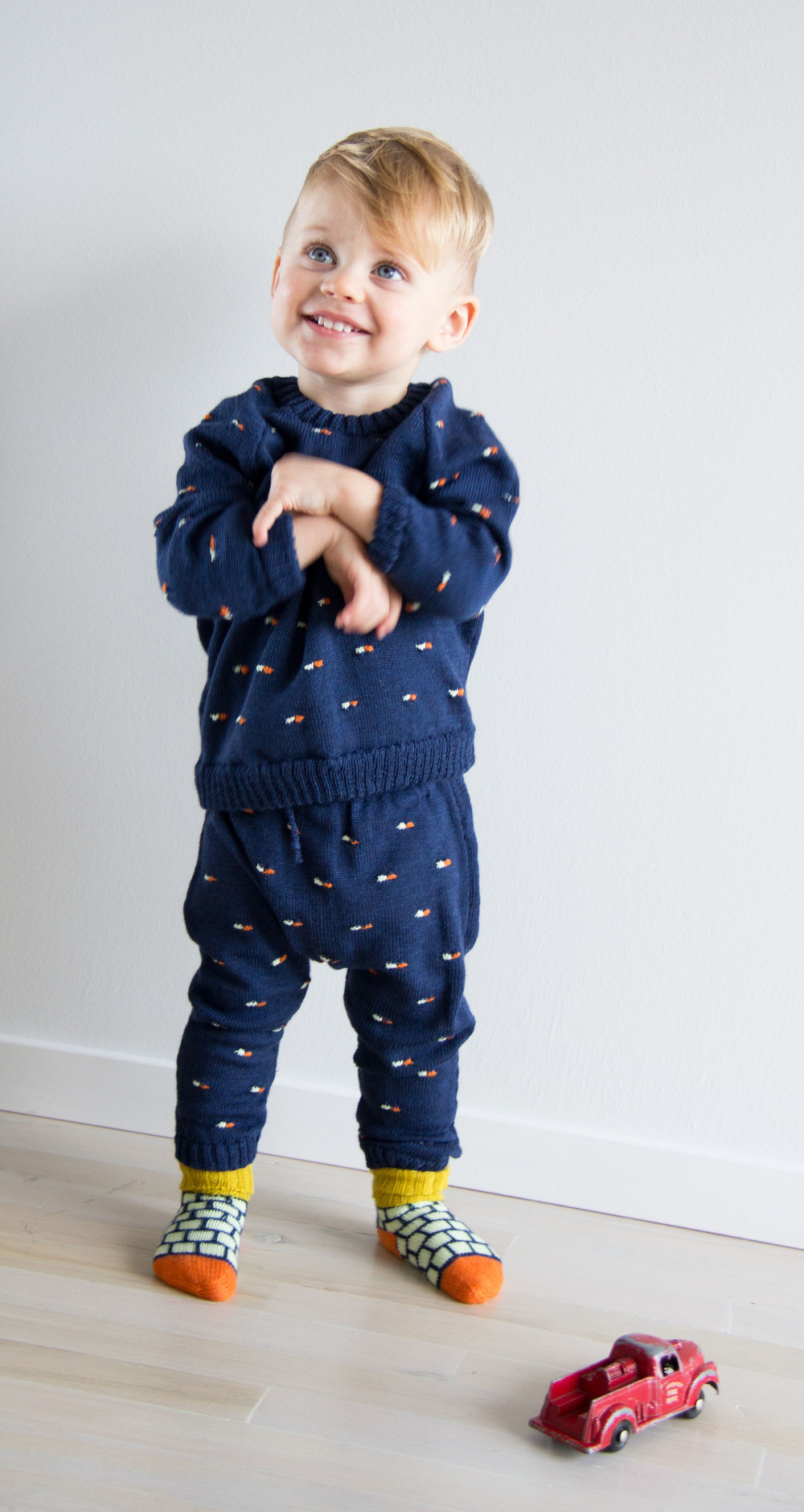 babyDEGEN Pillz Sweater | Pillz Pants | Blocky Socks
