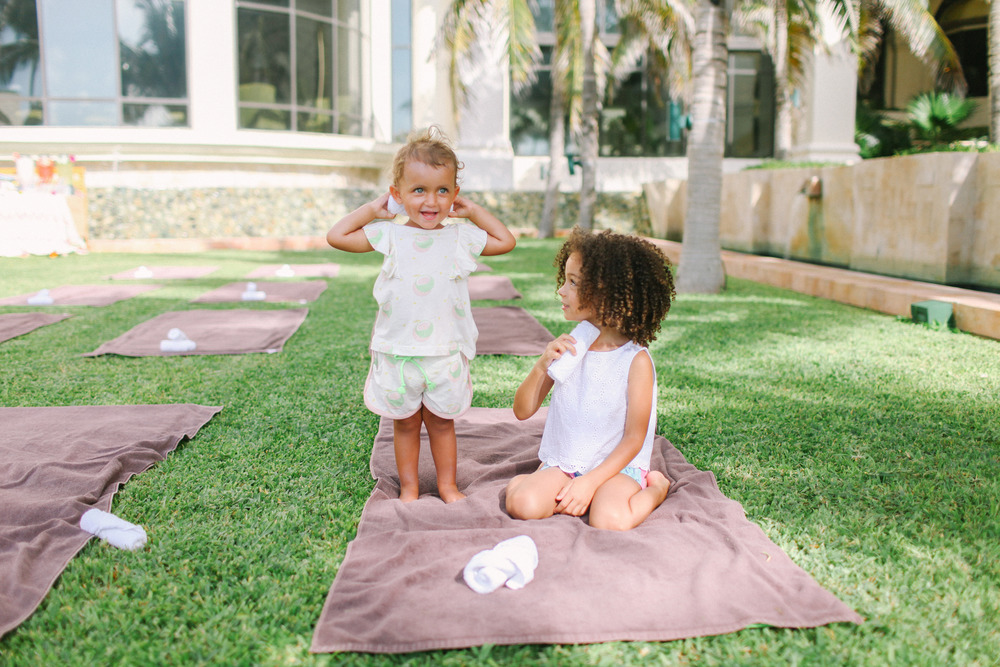 Kiddie Yoga with  @scoutfashion  +  Oaks of Acorn