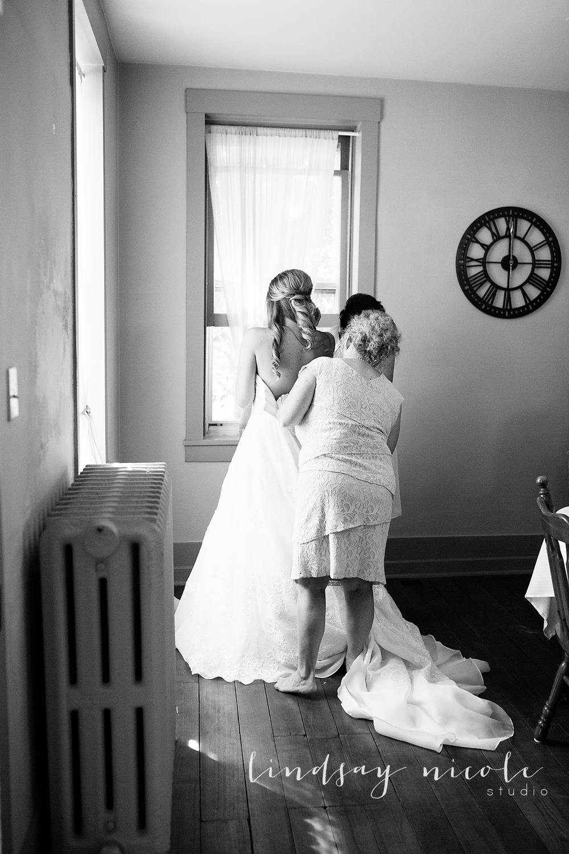 Tiffin_Ohio_Wedding_Borer-11.jpg