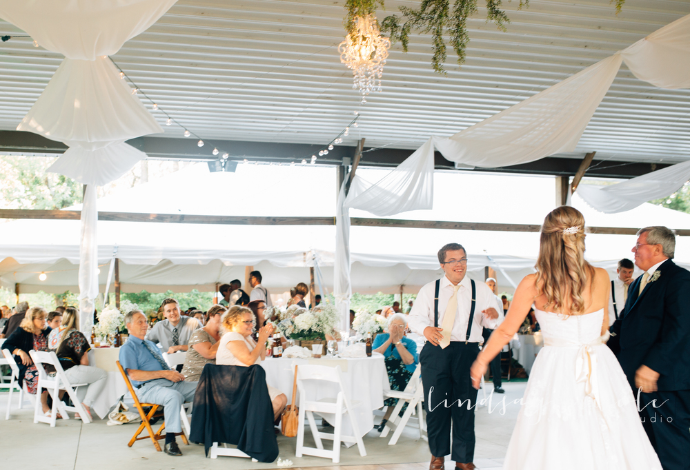 Tiffin_Ohio_Wedding_Borer-34.jpg