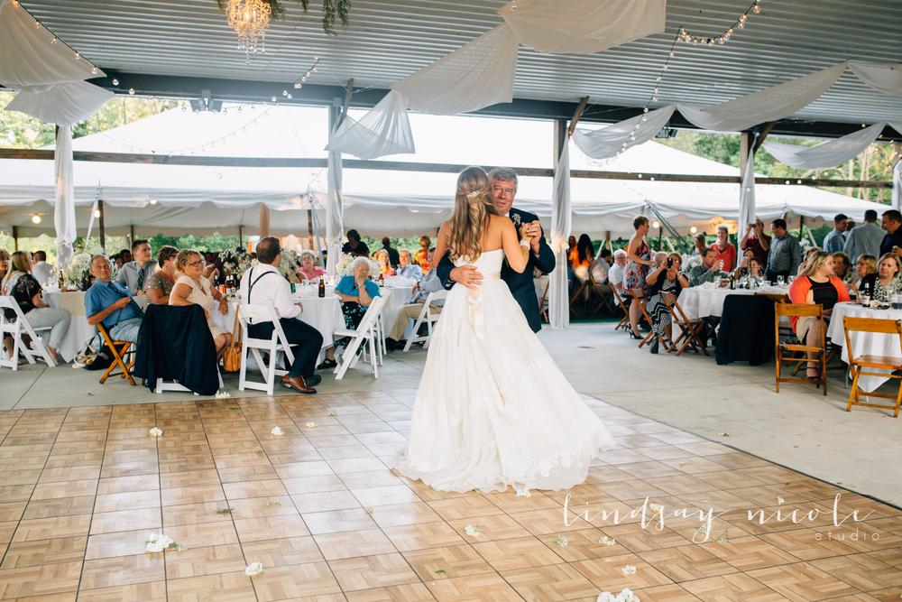 Tiffin_Ohio_Wedding_Borer-33.jpg