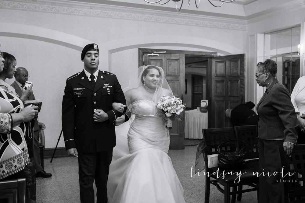 Sylvania_Ohio_Country_Club_Wedding_Carson-24.jpg