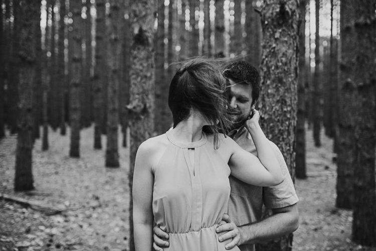Ohio-Couples-Photographer-Lindsay-Nicole-Studio