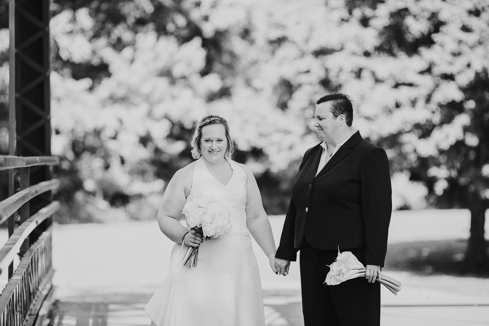 Toledo_Ohio_Wedding_Photographer_Lindsay_Nicole_Studio
