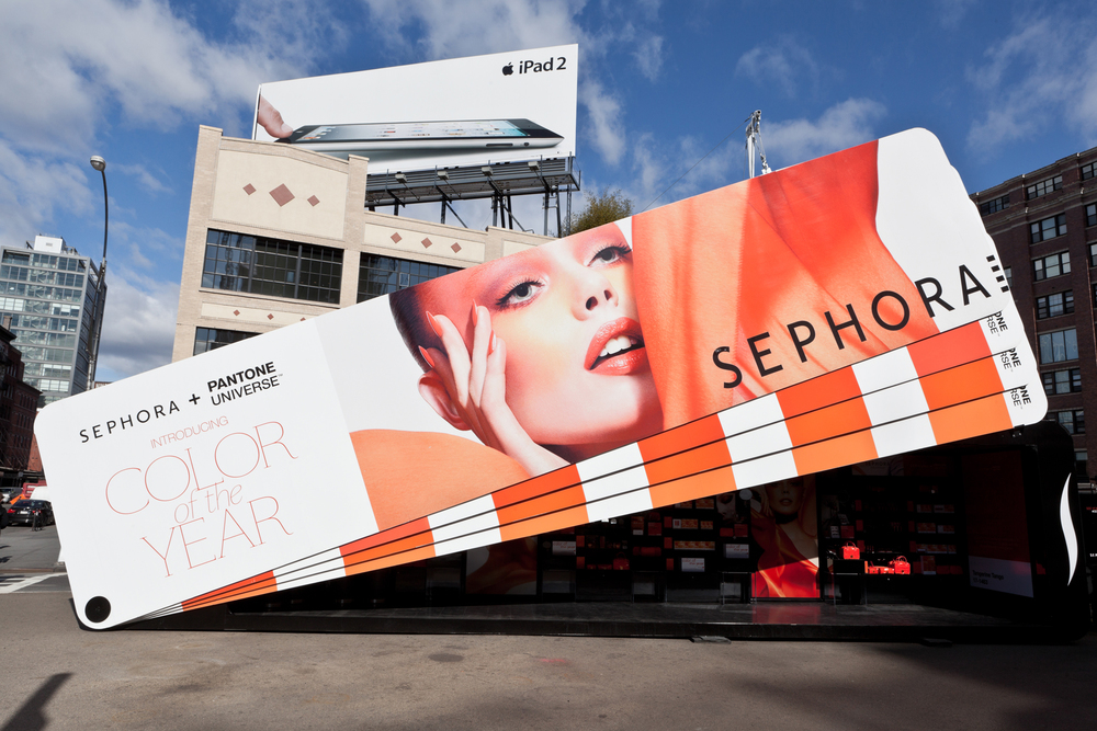 Pop-up store in Manhattan for Sephora + Pantone product launch, designed as an oversize Pantone color fanbook.
