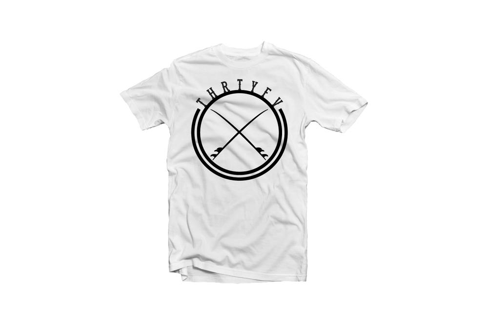 35 T-shirts