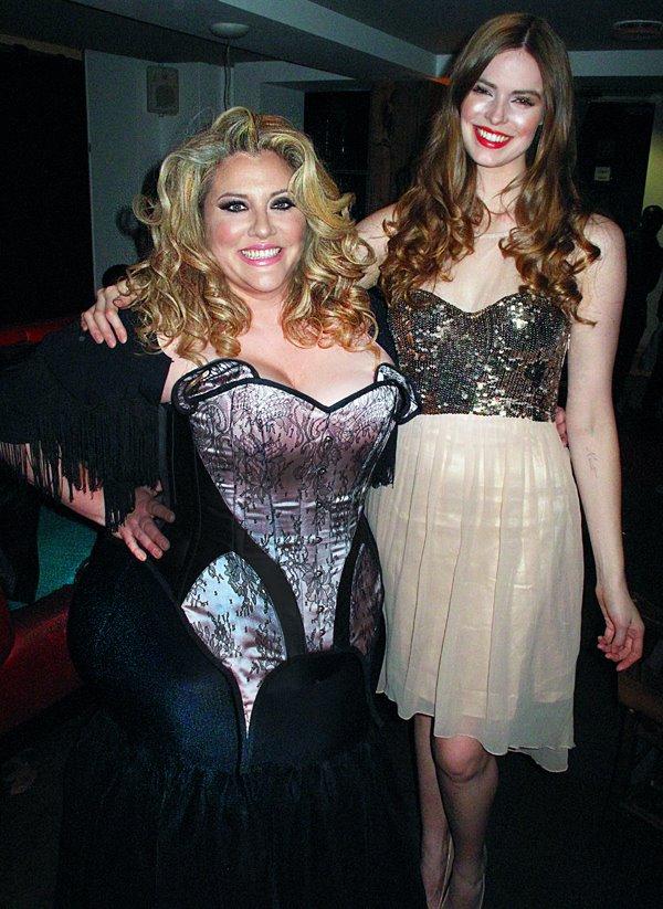 Velvet d'Amour & Robyn Lawley