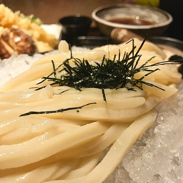 Love cold udon, even when it's freezing outside. Nice to have straight up udon in NYC, makes me realize I'm overdue for a trip home!  @tsurutontanusa #japan #udon #noodles