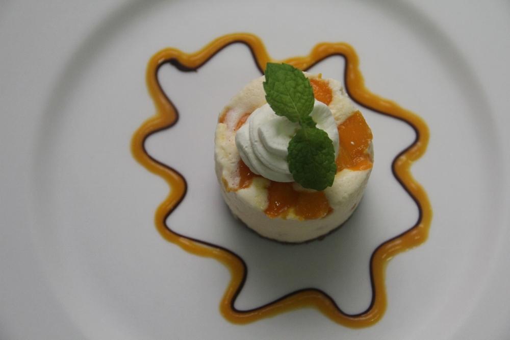 2-12-14 Mango cheesecake 2 (1280x853).jpg