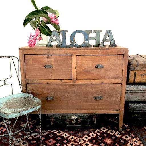 aloha sign.JPG