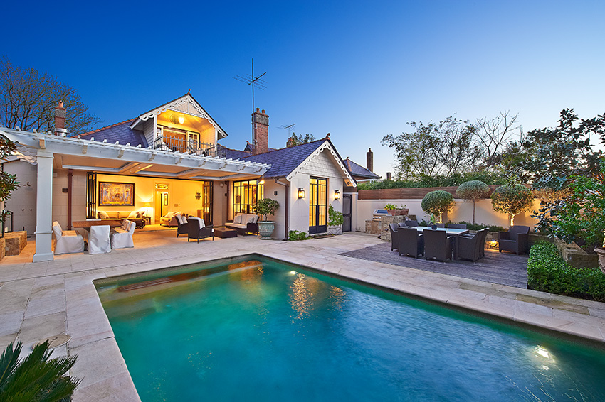A listing in Centennial Park, the agent showcased the listing at Dusk and highlighted the attributes well.