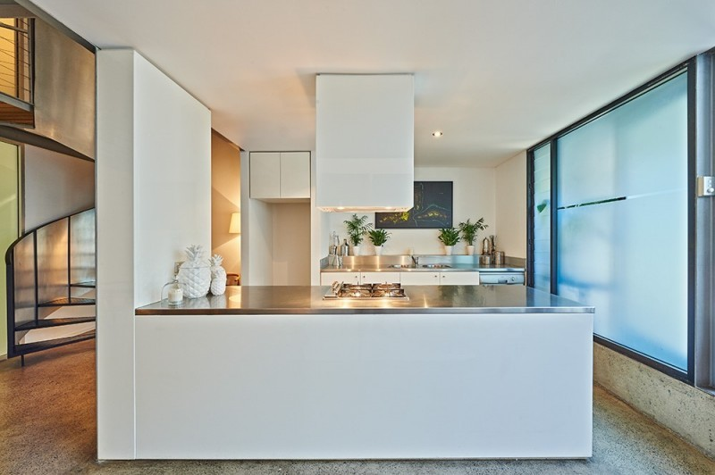 how-to-sell-a-converted-warehouse-home-surryhillswarehouse1
