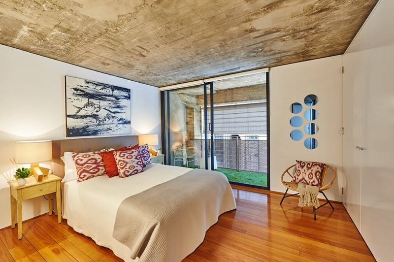 how-to-sell-a-converted-warehouse-home-surryhillswarehouse2