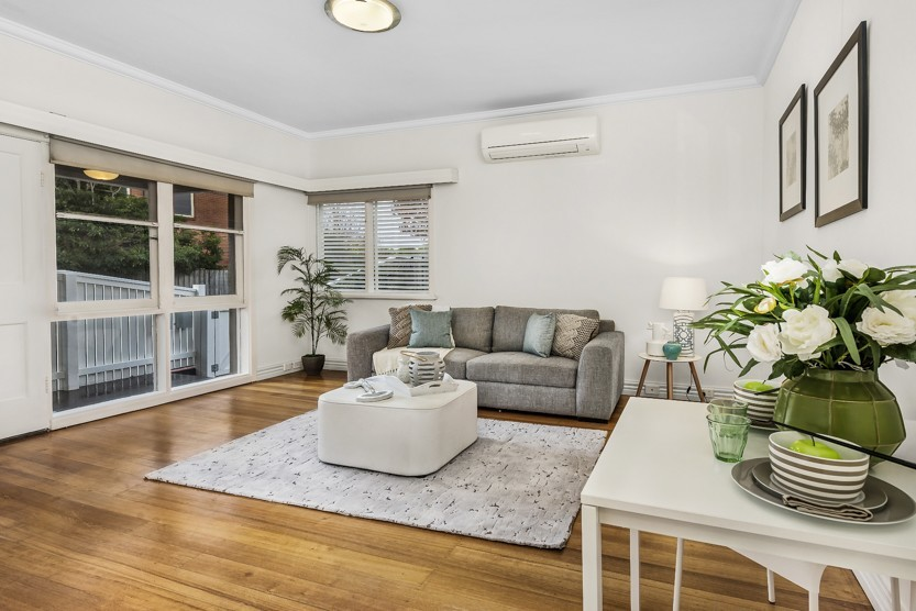 A listing with excellent staging & photography, 2/20 Hillside Avenue, Caulfield, VIC