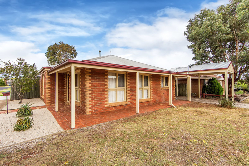 16 Brixton Place, Melton, VIC.