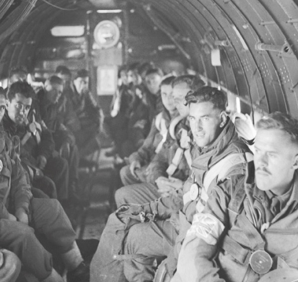 IWM Paratroops of 2nd Independent Brigade2.jpg