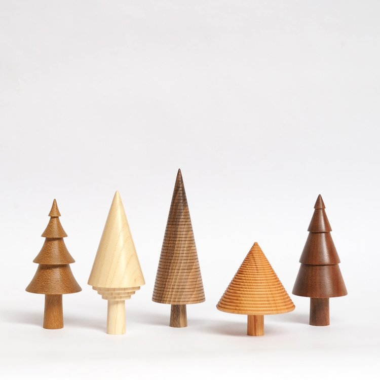 woodland-pointy-trees-mix2.jpg