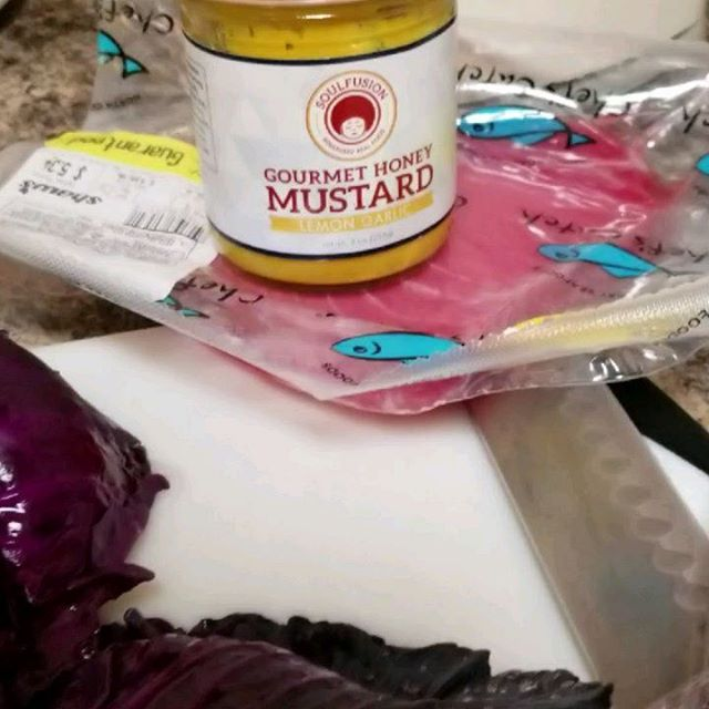 I made this quick high protein brunch sandwich; it took less than 30 minutes and it was quite a treat. I used our lemon garlic honey mustard to make the tuna pop Did you know purple cabbage contains Vitamin C & K anti-inflammatories, and anti-oxidants? . . . . . www.soulfusion.co #mustard #honeymustard #quickmeal #homecooking #foodie #sandwiches #gourmetsandwich #soulfusion #highprotein #healthyeats #vitaminfood #antiflammatoryfoods #antiinflammatory #antioxidants