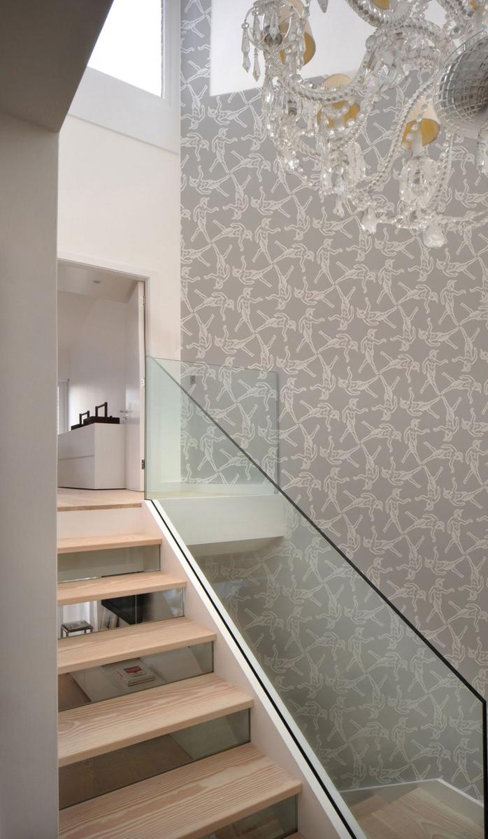 Prancing Pan Tessellation White on Grey Stair