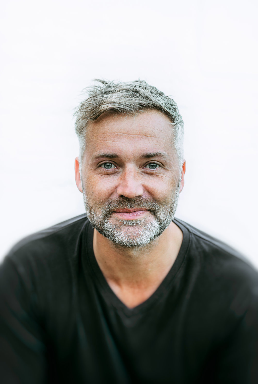 JONATHAN HOBAN  Dip. Psyc MBACP CPCAB  Integrative Psychotherapist