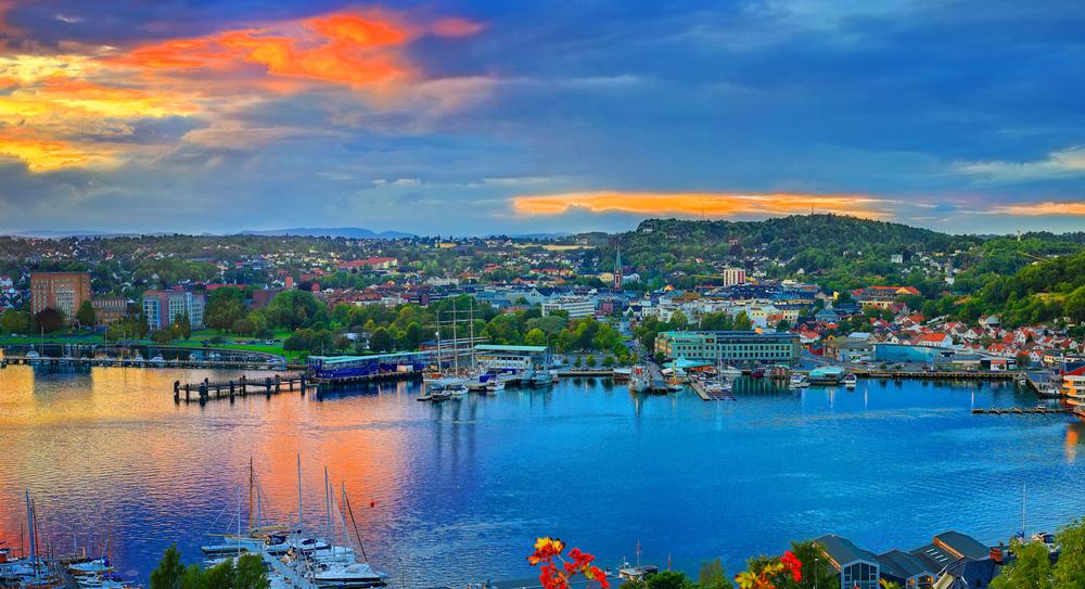 Vestfolds vakre kystbyer    SANDEFJORD    REIS HIT