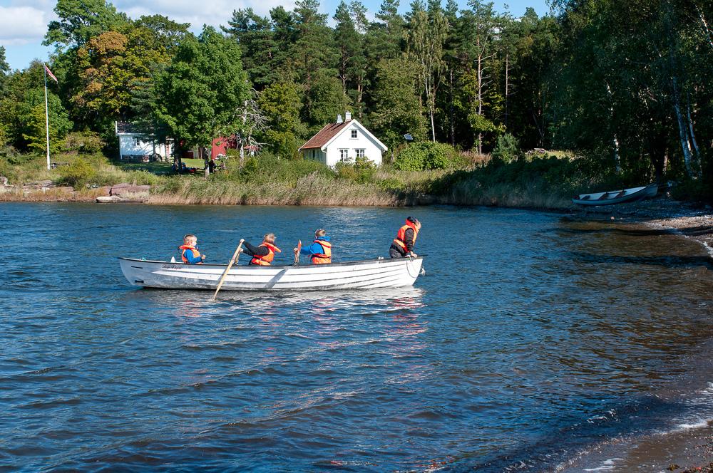 Ro, ro til Bolærne. Her fra det idylliske kystsmåbruket Rønningen på øya Mellom Bolærne. Foto: Oslofjordens Friluftsråd