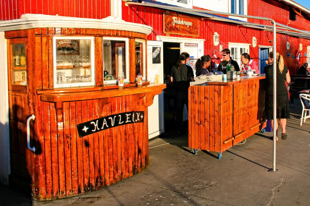 Original bar på Nevlunghavn brygges uteservering.