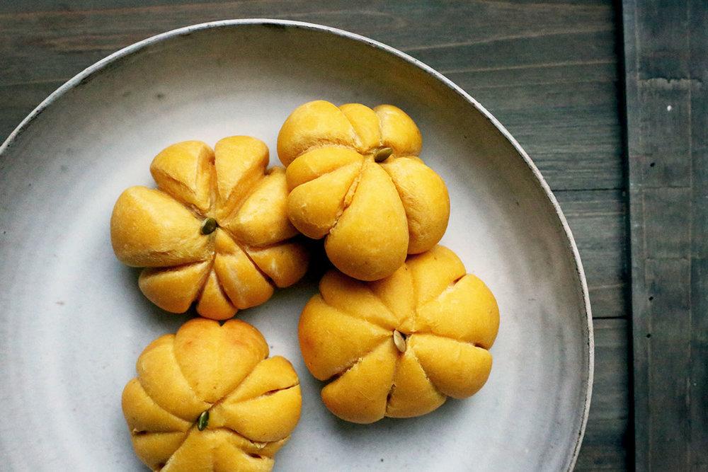Pumpkin Rolls.jpg