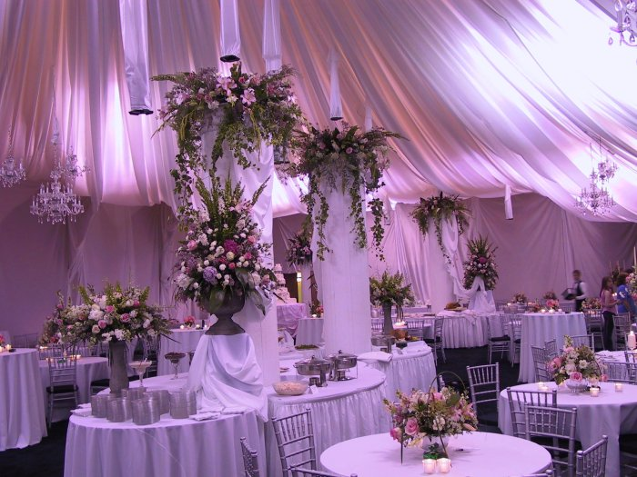 Wedding-Reception-Centerpieces-1.jpg