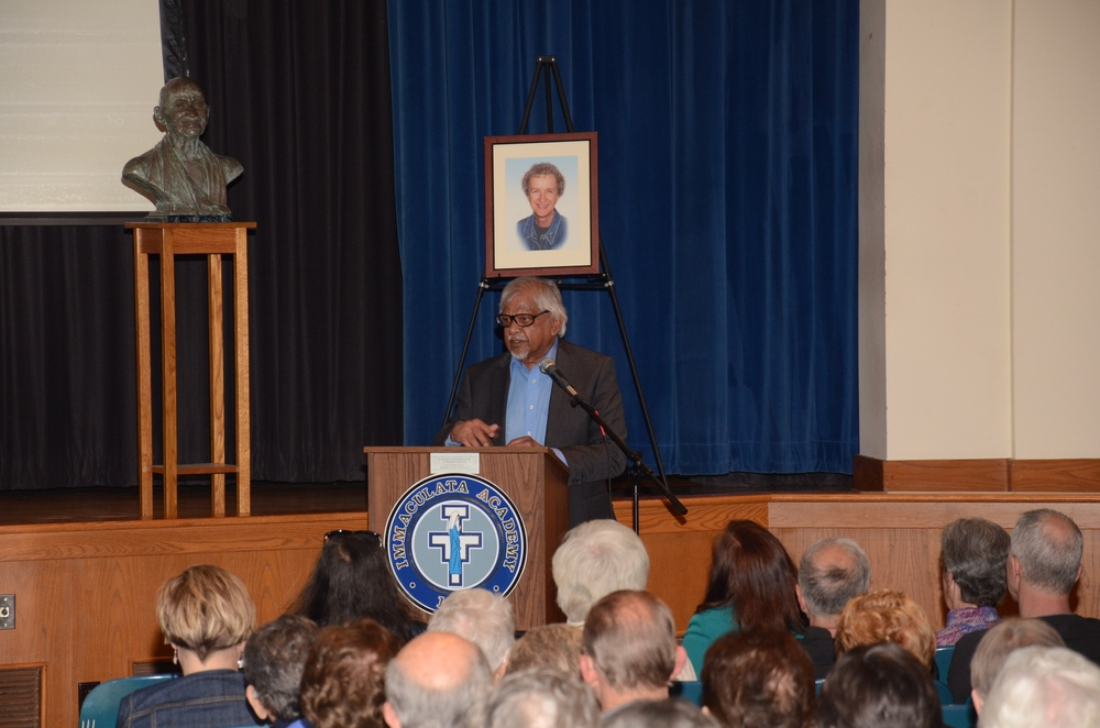 Arun Gandhi addresses Sister Karen Center supporters