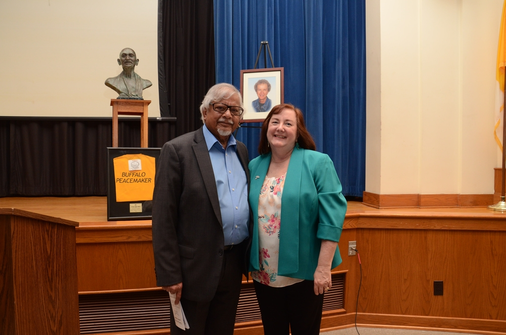 Arun Gandhi and Sister Karen Center Director Vivian Ruth Waltz
