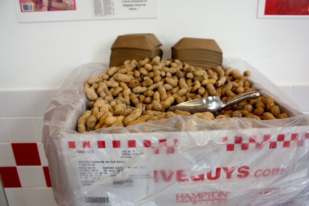@fiveguys shares value with free peanuts while you wait for your food to cook