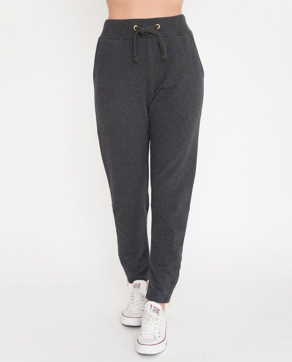 Isla-Beaumont-Organic-Organic-Cotton-Lounge-Trousers-In-Dark-Grey-1.jpg