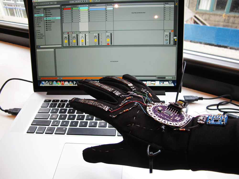 The glove interact with Ableton
