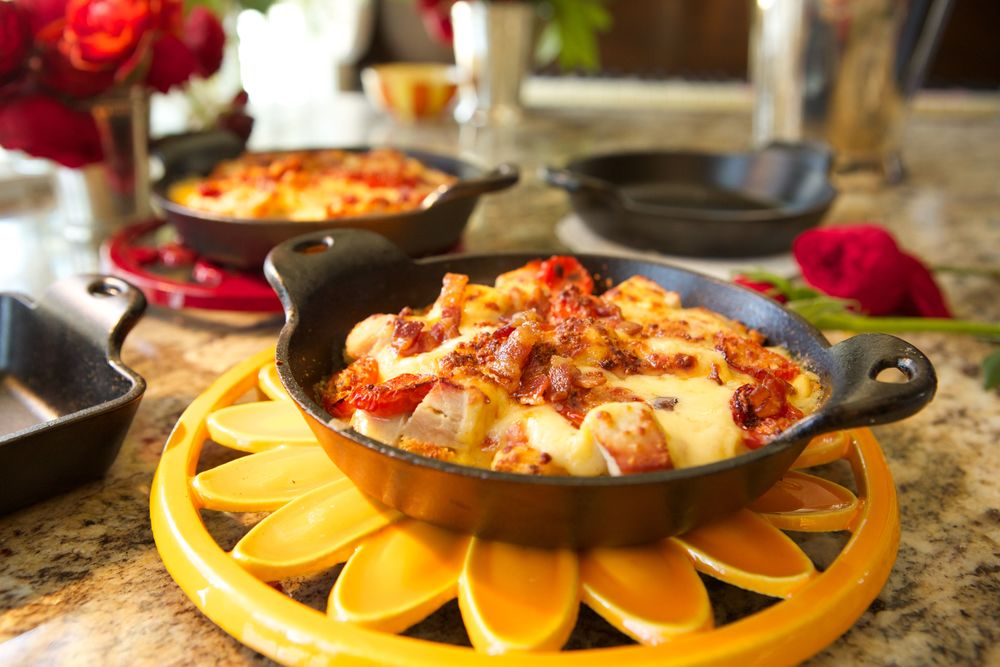 HOT BROWN WITH PIMENTO CHEESE MORNAY