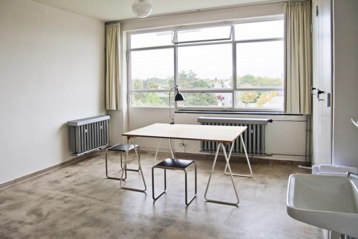 Dessau-Bauhaus-Dorm-Rooms-Remodelista-01.jpg