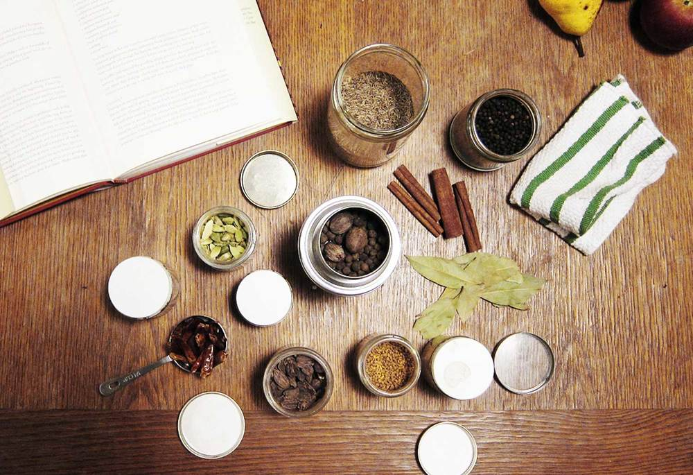 Whole spices: the foundation of a vibrant spice blend