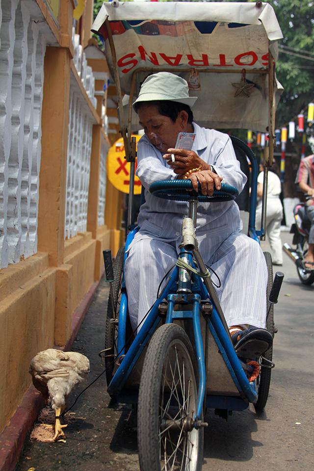Temple Vietnam..jpg