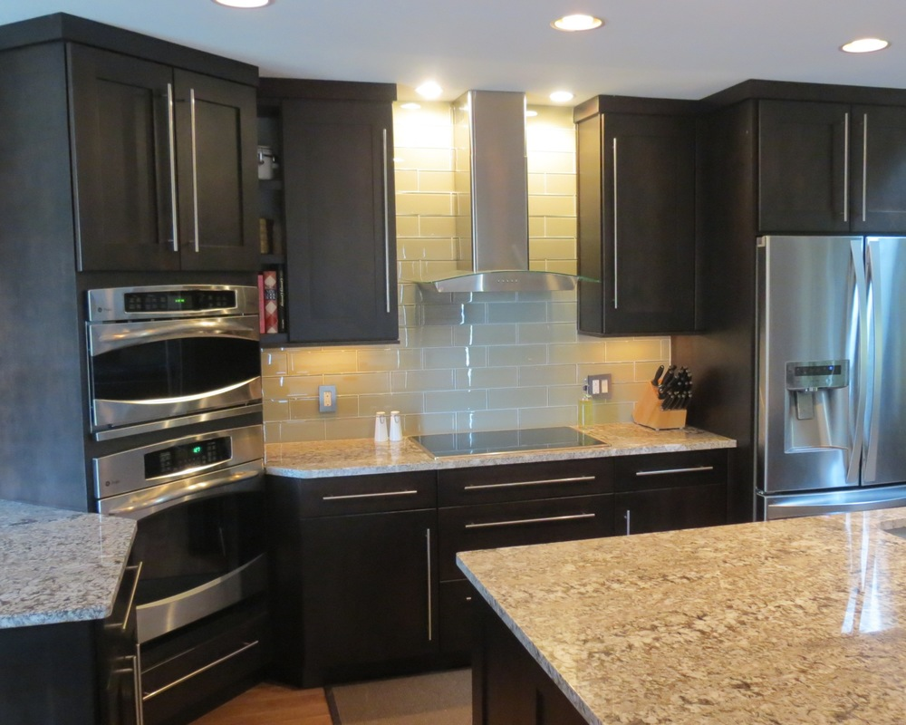 Kitchen gallery kc cabinetry design renovation - Highlands designs custom kitchen cabinets ...