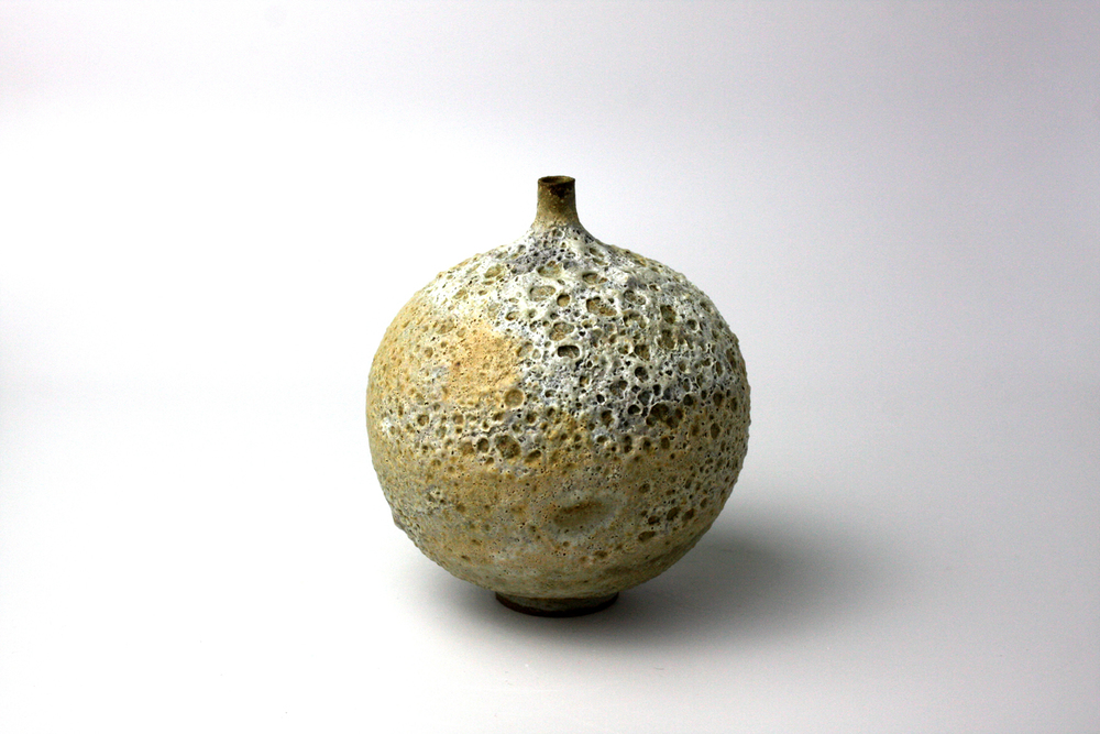 2013  3.75x3.5inches  glazed ceramic